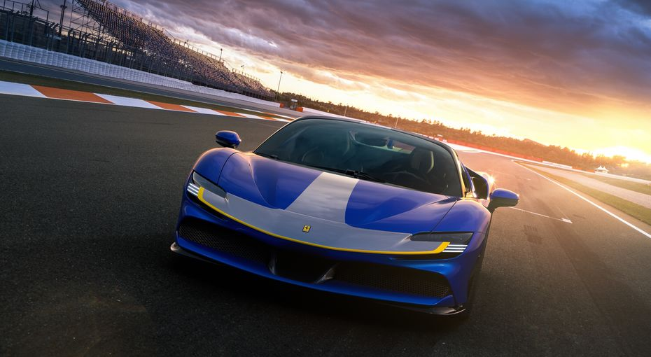 The New Hybrid Plug In By Ferrari Electric Motor Engineering