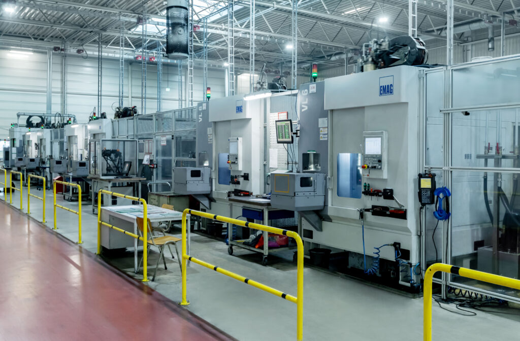The production process at MAT Machining Europe GmbH around the differential gear housing is impressive: The company has a total of five large production lines, each with seven EMAG machines interlinked via TrackMotion from EMAG